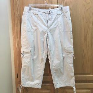 Venezia khaki capri pants
